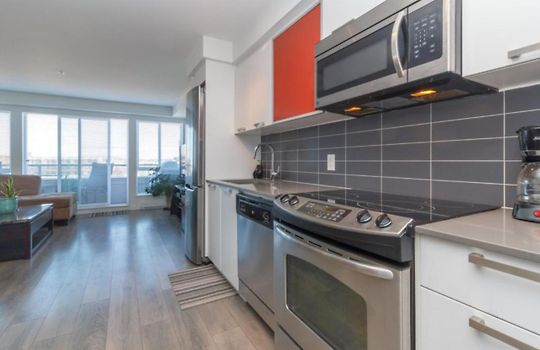 ** LUXURY APARTMENT IN FANTASTIC LOCATION, VANCOUVER ...